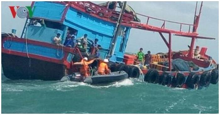 Đã tìm ra tàu hàng đâm chìm tàu ngư dân nhưng mặc 6 nạn nhân rơi xuống biển