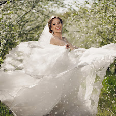 Wedding photographer Sergey Pivovarov (pivovaroff). Photo of 27.04.2014