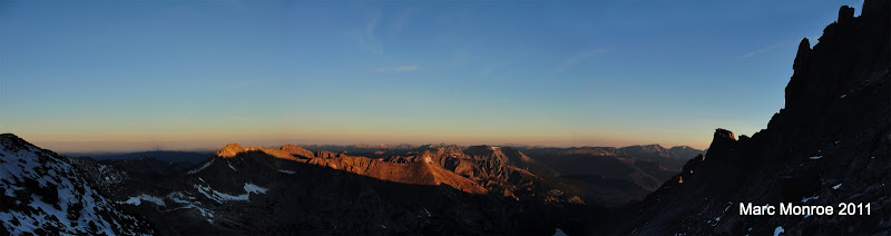 Photo: A look west from the ledges at sunrise.  Keyhole on the right.