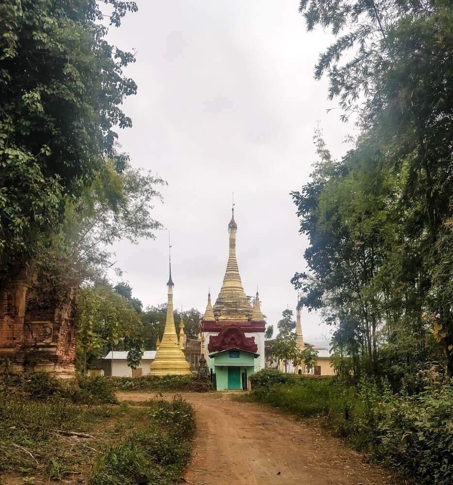 old+pagoda+while+Trekking+Inle+Lake