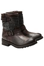 Photo: Bottines motarde ASH, Clouté http://shop.be.com/chaussures/boots/boots-plates/bottines-motarde/928.html