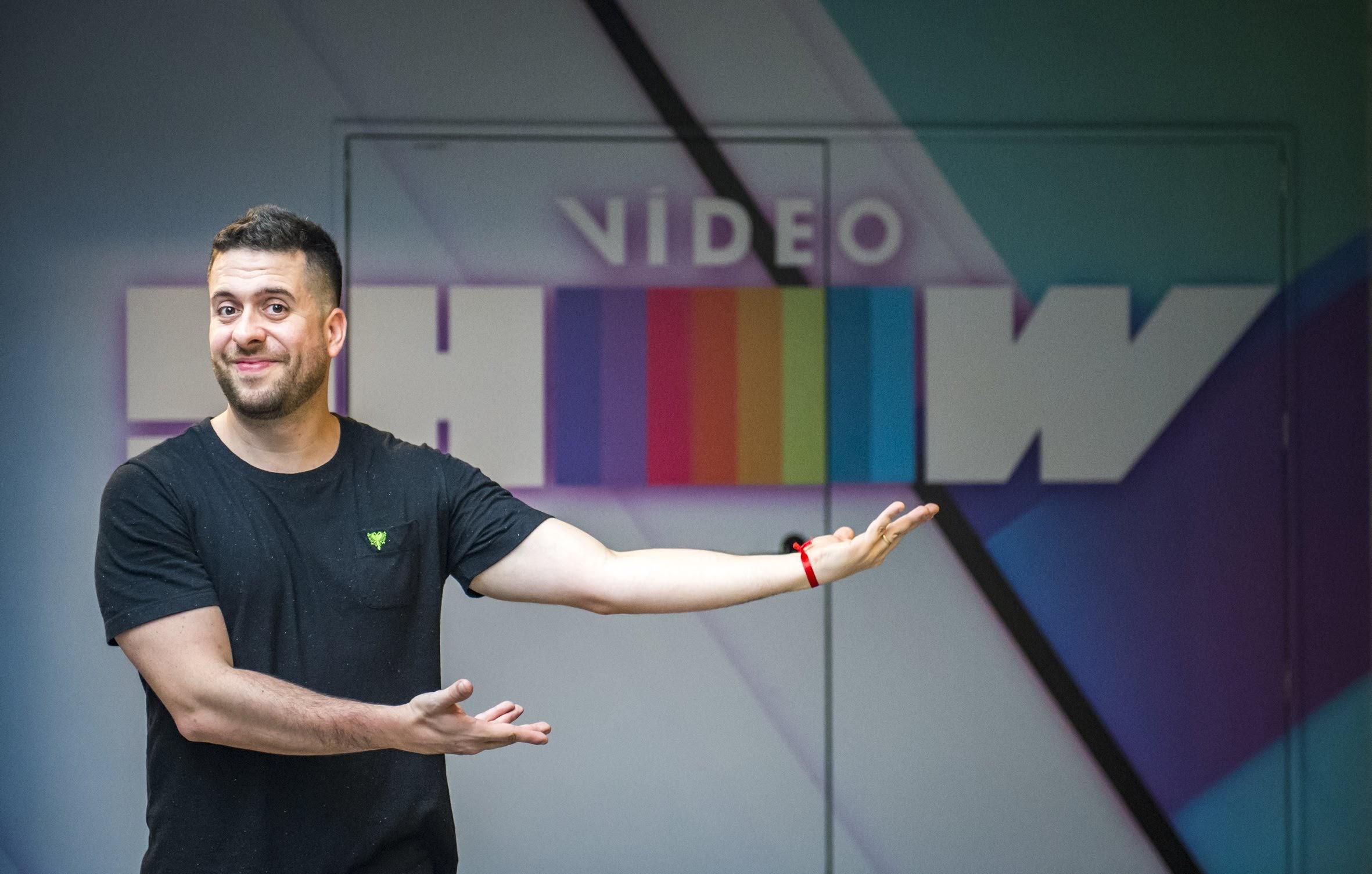 Vídeo Show anuncia novidades em mais uma tentativa de barrar a liderança da Record TV