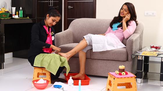 Rayna Beauty Salon - Home Salon