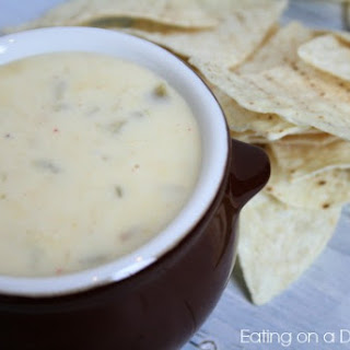 The Best Mexican White Cheese Dip
