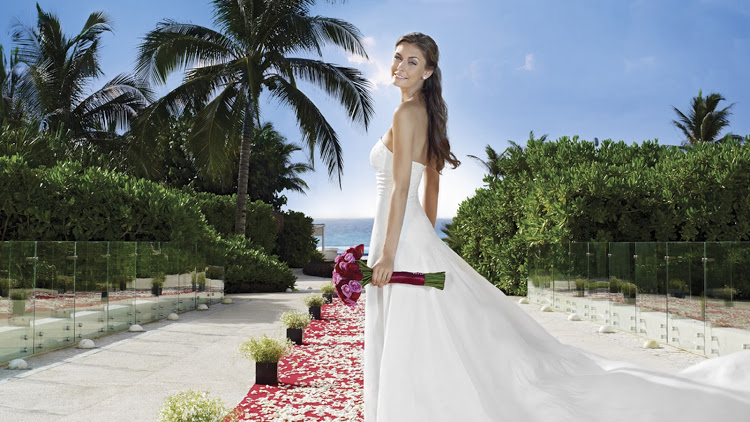 Fiesta Americana Merida offers a colonial vibe and a wide array of wedding packages.