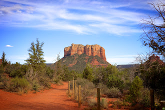 Photo: Courthouse Rock Trail
