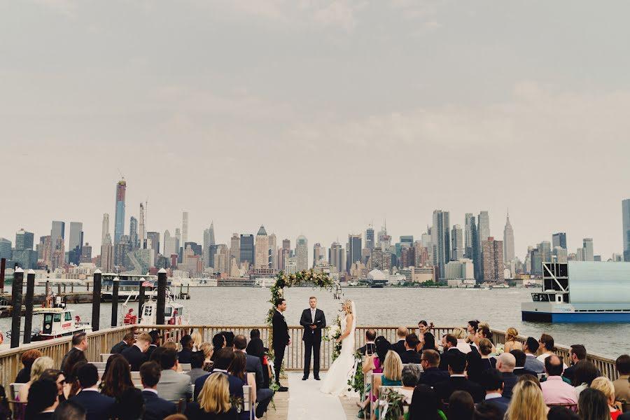 Wedding photographer Ashley Davenport (davenport). Photo of 13.08.2019