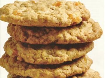 Sunny Anderson's White Chocolate & Peach Cookies Recipe