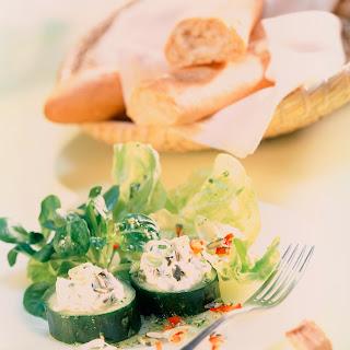 Blattsalate mit Frischkäsecreme (Salat mit Herz)