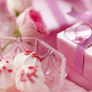 Birthday gift wallpaper hd android apps on google play birthday gift wallpaper hd negle Image collections