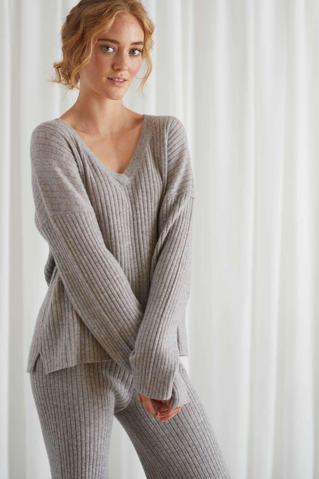 Rib V-neck Straight Sweater