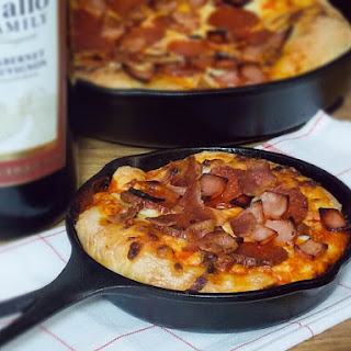 Meat Lover's Skillet Pizza #SundaySupper