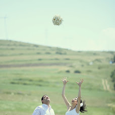 Wedding photographer Suren Manvelyan (paronsuren). Photo of 01.04.2014