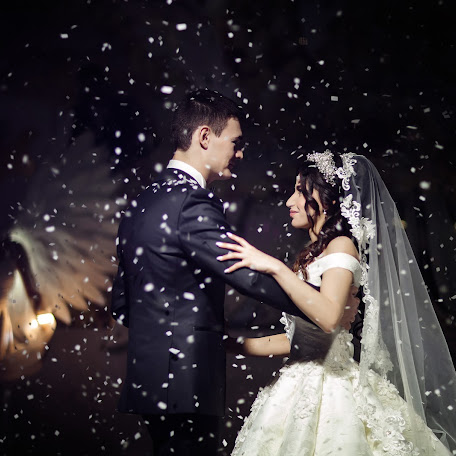 Wedding photographer Natalya Bukreeva (sunnysan). Photo of 18.02.2018
