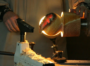 Photo: Keith achieves the desired wall thickness without manual measurement by using the color of the transmitted light.