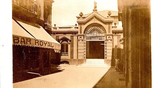 La familia del bar Royal