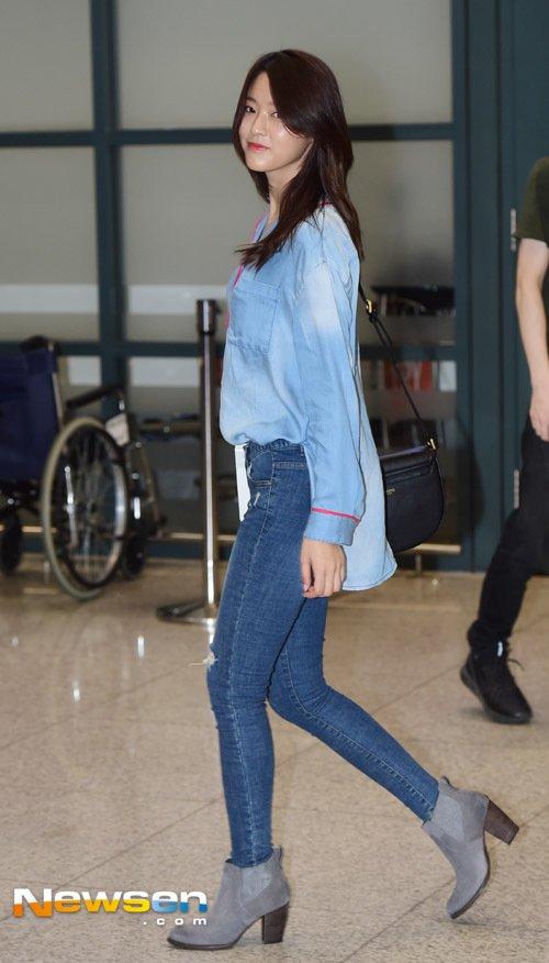 seolhyun jeans 35