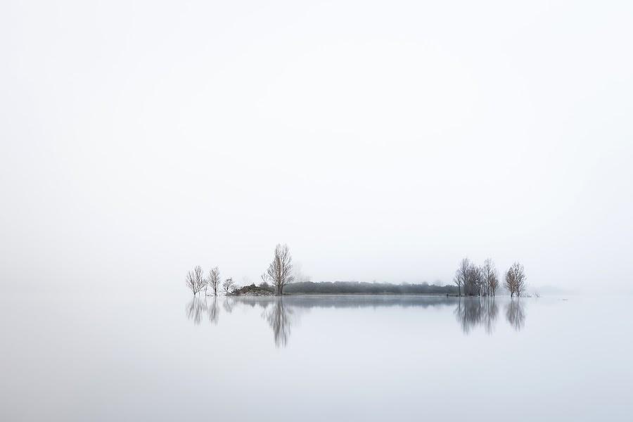 "LA ISLA DEL SILENCIO"" by Juan PIXELECTA - Landscapes Waterscapes ( water, agua, islands, isla, island, relax, tranquil, relaxing, tranquility )"