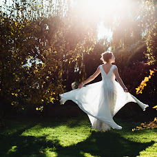 Wedding photographer Elena Tro (Tro-311). Photo of 31.05.2016