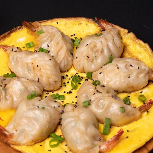 Fried Shrimp Dumpling 鸡蛋大虾抱饺