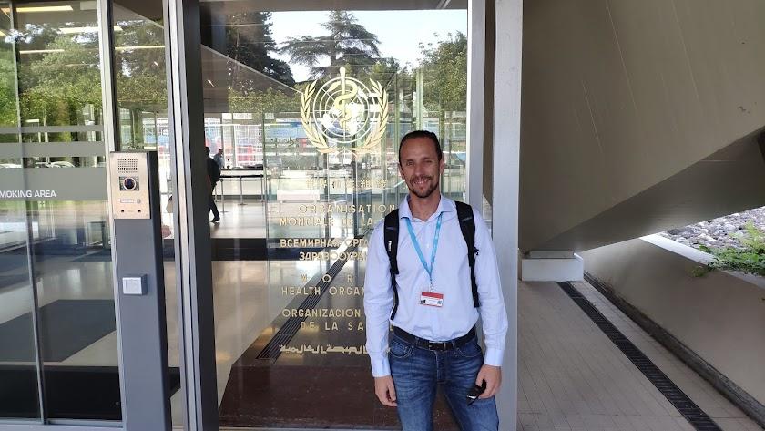 El albojense Francisco Ortega en la sede de la Organización Mundial de la Salud.