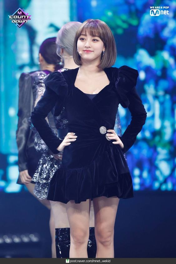 jihyo black 26