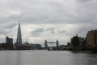 Photo: approaching the tower bridge.