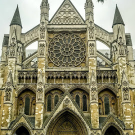 Westminster Abbey by T Sco - Buildings & Architecture Public & Historical ( abbey, england, london, westminster, united kingdom, church, u.k., photographer, westminster abbey, architecture )