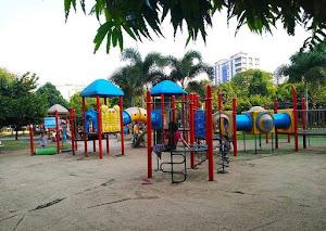 Parque infantil - Maha Bandula Park