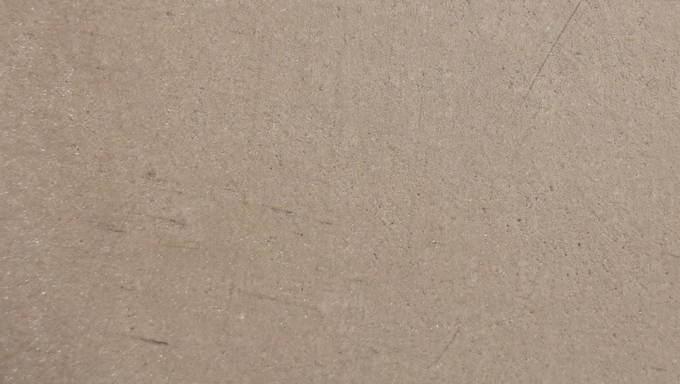 beton-cire-couelur-gris-clair-pour-realiser-soi-meme-un-beton-cire-avec-kit-complet-de-produits-beton-cire-pour-un-do-it-yourself-en-beton-cire