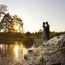 Wedding photographer Vadim Zakharischev (yourmoments). Photo of 06.07.2015