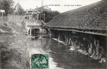 Photo: Athis-Mons. — Lavoir sur le Moru