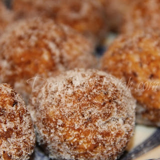 Creole Calas (Rice Fritters).