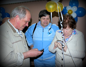 Photo: Обмен телефонами
