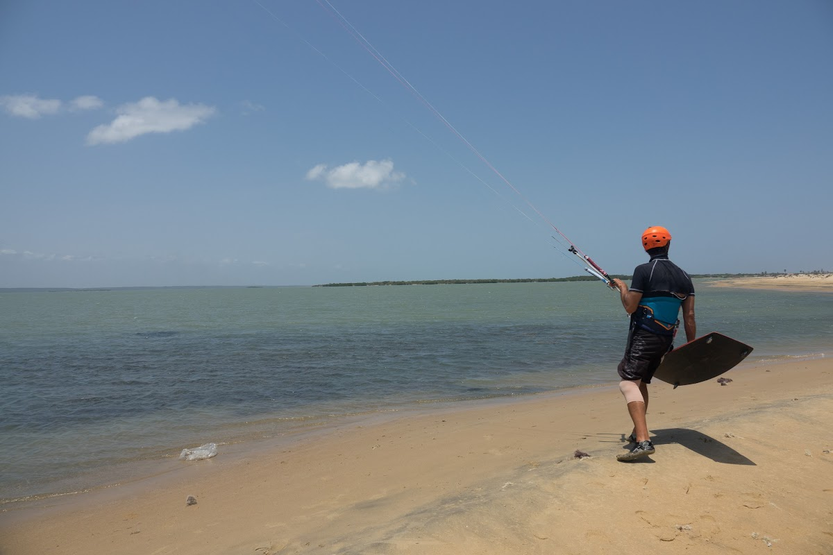 Sri. Lanka Kalpitiya Kiteboarding. Starting from Dream Spot