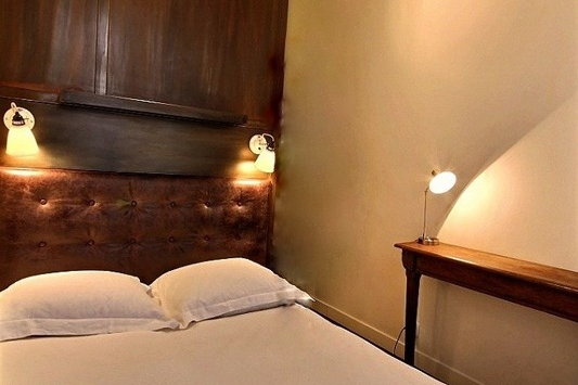 Cosy bed at Paris Grands Boulevards Serviced Apartment, Opera