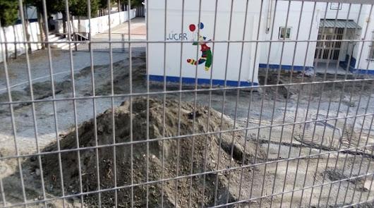 """""""Que los niños vayan al cole con casco"""": Un centro en obras mientras hay clase"""