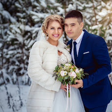 Wedding photographer Alena Siryatskaya (alenasiriatskaia). Photo of 28.11.2015