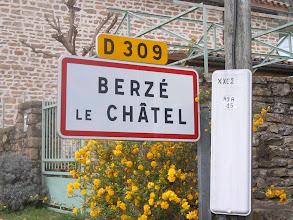 Photo: -BÉZÉ LE CHÂTREL -BÉZÈT LE RÂCHEL -BRÉLÉ LE TACHEZ -BÉRÉ LE HÉTCAL CAZÉ LE BRÉHEL BRÉZÉ LA LÈCHE