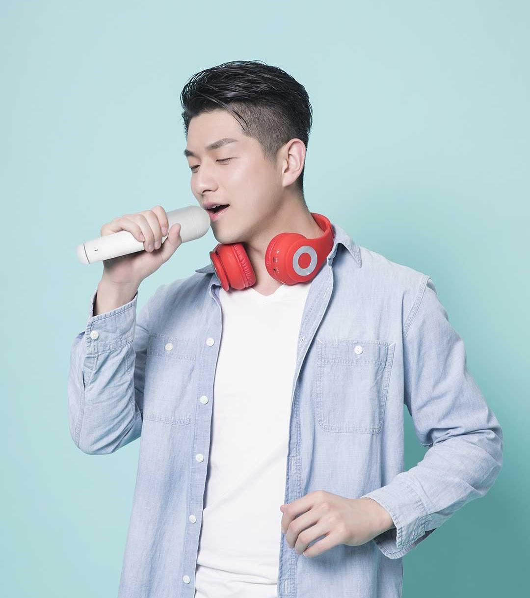 Micro karaoke kèm loa Bluetooth YMI YMMKF001