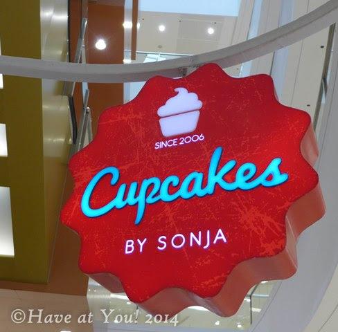 Cupcakes by Sonja logo