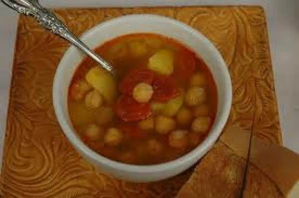 Lolly's Spanish Bean Soup Recipe
