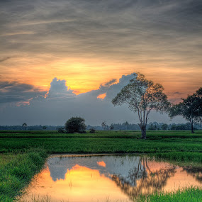 Blocker Cloud by Fairul Izwan CreativeVision - Landscapes Sunsets & Sunrises ( reflection, hdr, sunset )