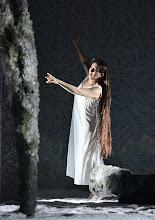 Photo: RUSALKA an der Wiener Staatsoper: Inszenierung Sven Eric Bechtolf. Premiere 26.1.2014. Krassimira Stoyanova. Foto: Barbara Zeininger