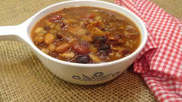Applewood Smoked Bacon and Maple Calico Beans