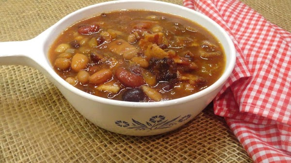 Applewood Smoked Bacon And Maple Calico Beans Recipe