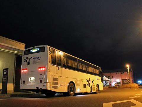 西鉄高速バス「桜島号」 4012 鹿児島本港高速船ターミナルにて_04