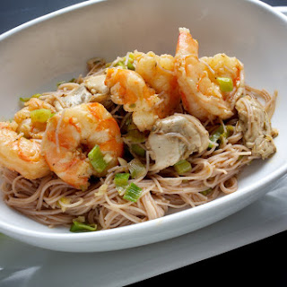 Garlic Shrimp and Oyster Vermicelli.