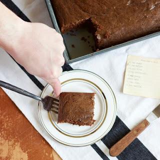 Poor Man's Cake (Egg-Free Chocolate Cake) [V].