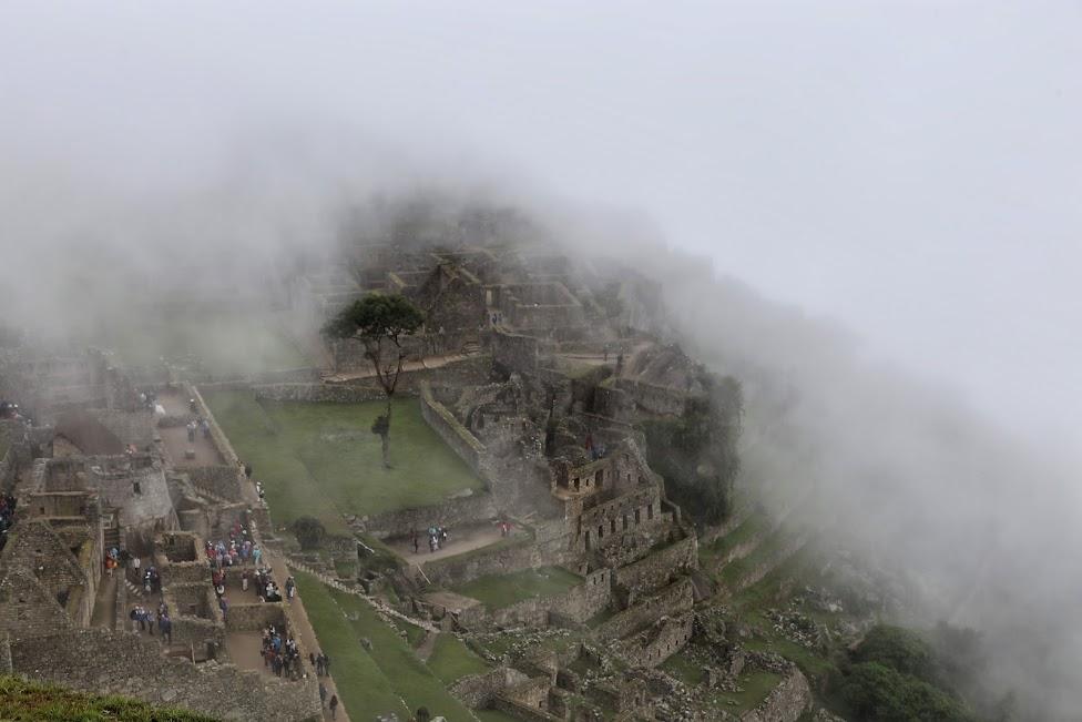 Machu Picchu w chmurach